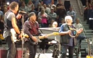 "Bob Seger and Bruce Springsteen ""Shout"" In Their Third Performance Together"